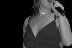 julie_singing2